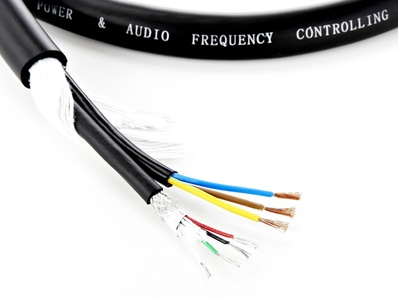 the sssnake - PNT Cable